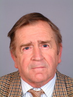Photo of Dr. Lajos Pintér