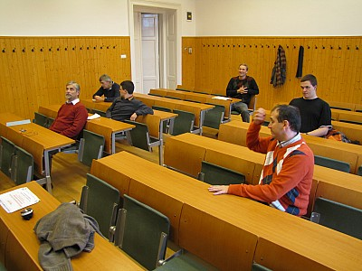 images/math-site/meetings/Seminar/20121122-MajorLaszlo/web/big/IMG_1934.jpg