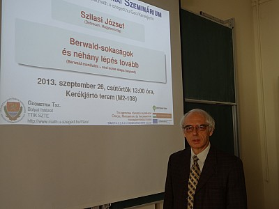images/math-site/meetings/Seminar/20130926-Szilasi/web/big/DSC01321.jpg
